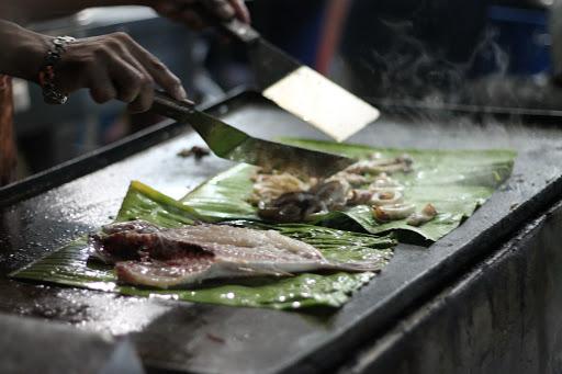 Malaisie - Bornéo - Kota Kinabalu : Le marché aux poissons de nuit !