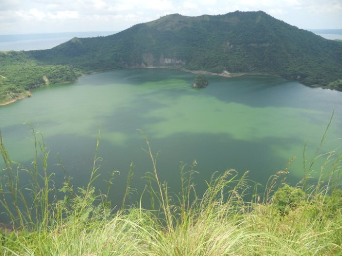 volcan-taal
