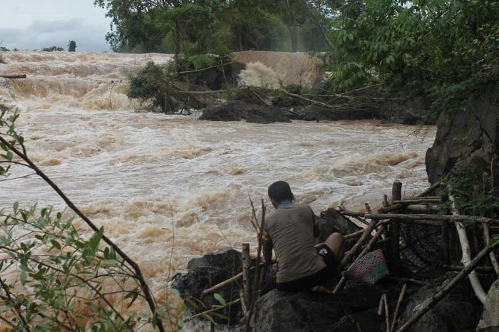 2 pecheur sur le mekong