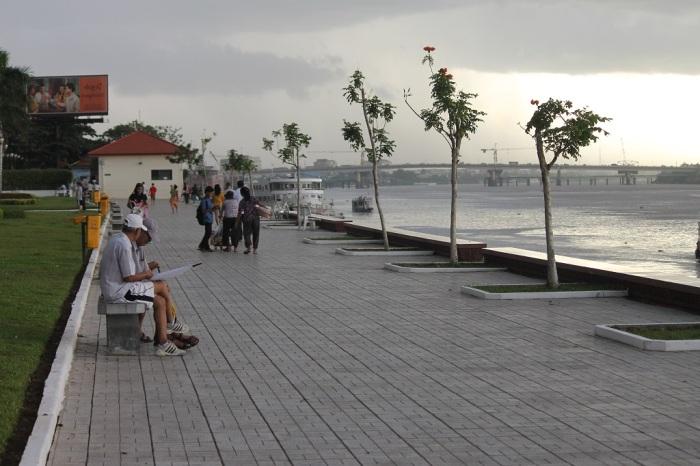 Riverside Phnom Penh