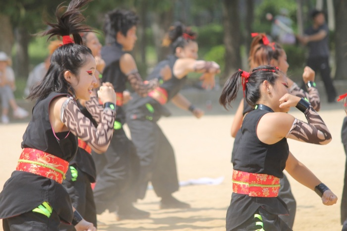 danse-traditionnelle-costume-osaka