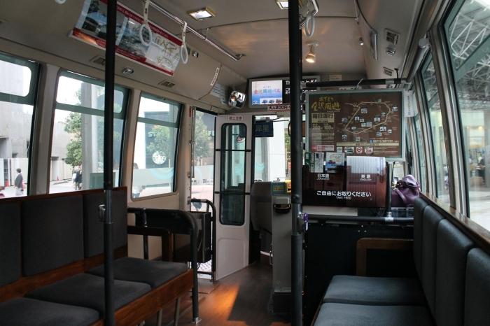 Le shuttle bus pour les touristes à Kanazawa