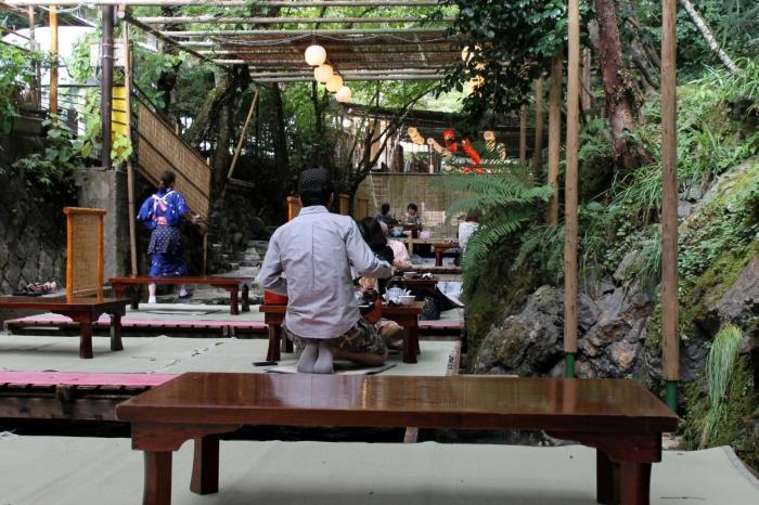 kibune-restaurant-rivière