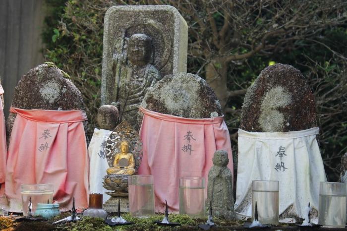 les statues bizarres du japon