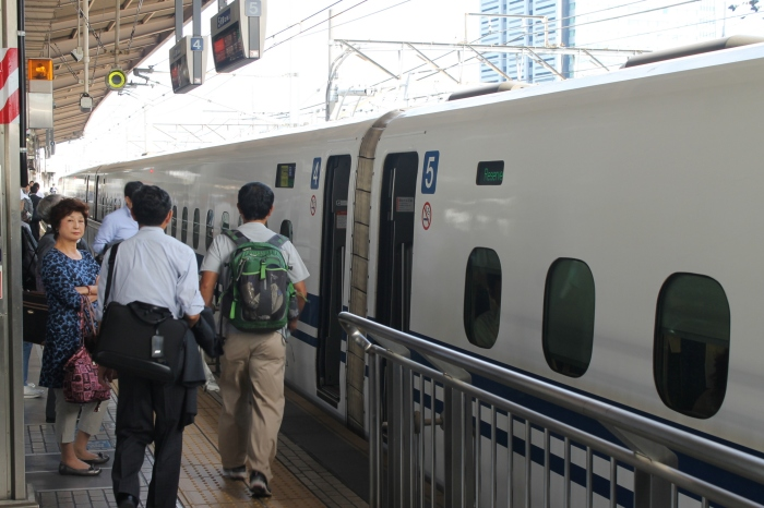 shinkansen-nagoya-tokyo (2)