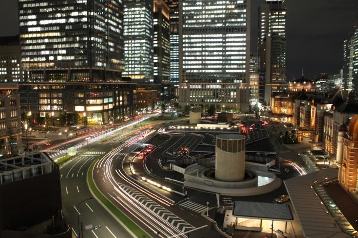 gare-de-tokyo-de-nuit-02