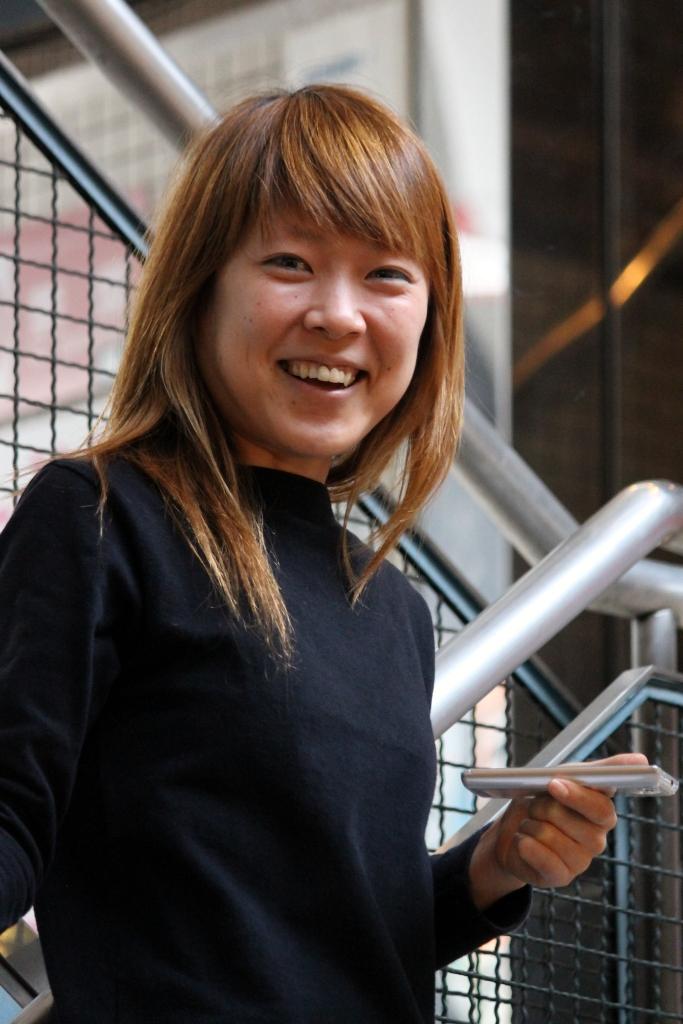 japonaise qui sourie dans Ameyoko