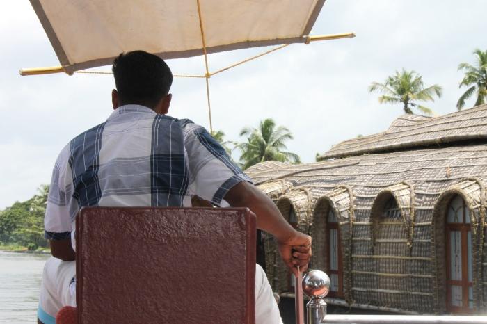 capitaine-houseboat-kerala